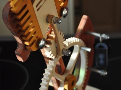 wieszak na kluczyki - silnik 1